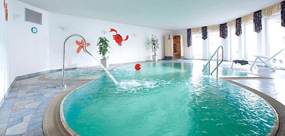 Wellness Schwimmbad auf Monikas Ferienhof Indoor Pool